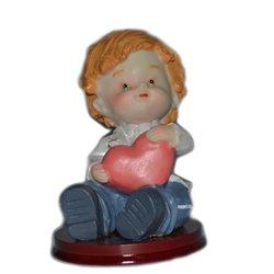 CHILD COMMUNION HEART RESIN 10 CM. HEIGHT ( REF. 44 )
