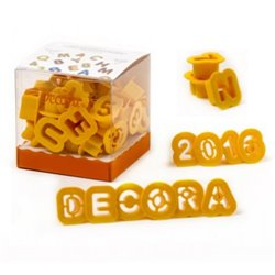 SET 36 PLASTIC CUTTERS IN THE SHAPE OF LETTERS AND NUMBERS ( 2 X 1.6 CM. HEIGHT ) DECORATES ( 0255084 )