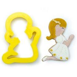 CUTTER COMMUNION GIRL DECORATES ( 0803038 )